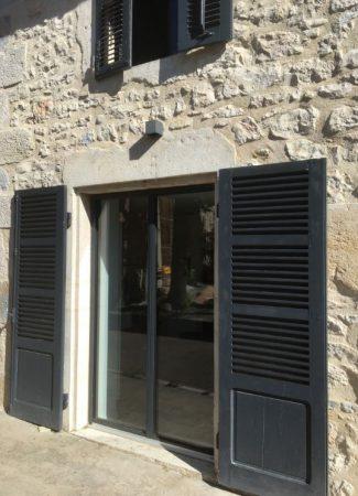 entreprise artisan menuisier Fabrication pose fenetre porte baies vitrées savoie chautagne bugey haute savoie annecy genève